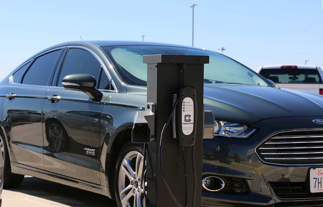 Level 1 charging at the Sacramento Airport SMF